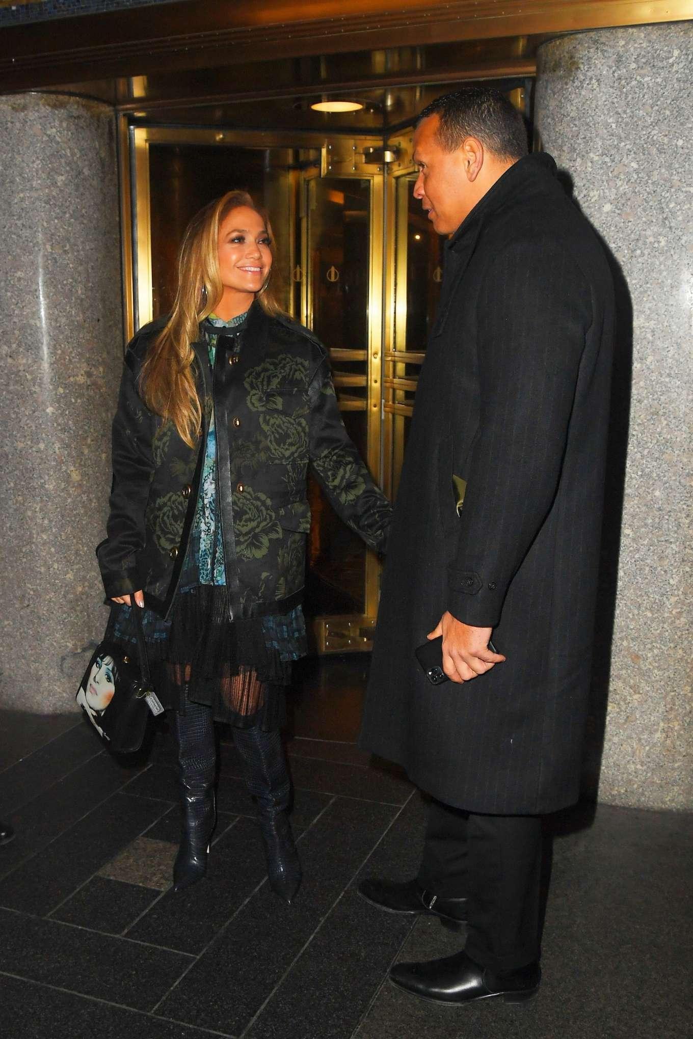 Jennifer Lopez 2019 : Jennifer Lopez – Leaving Saturday Night Live Rrehearsals-05