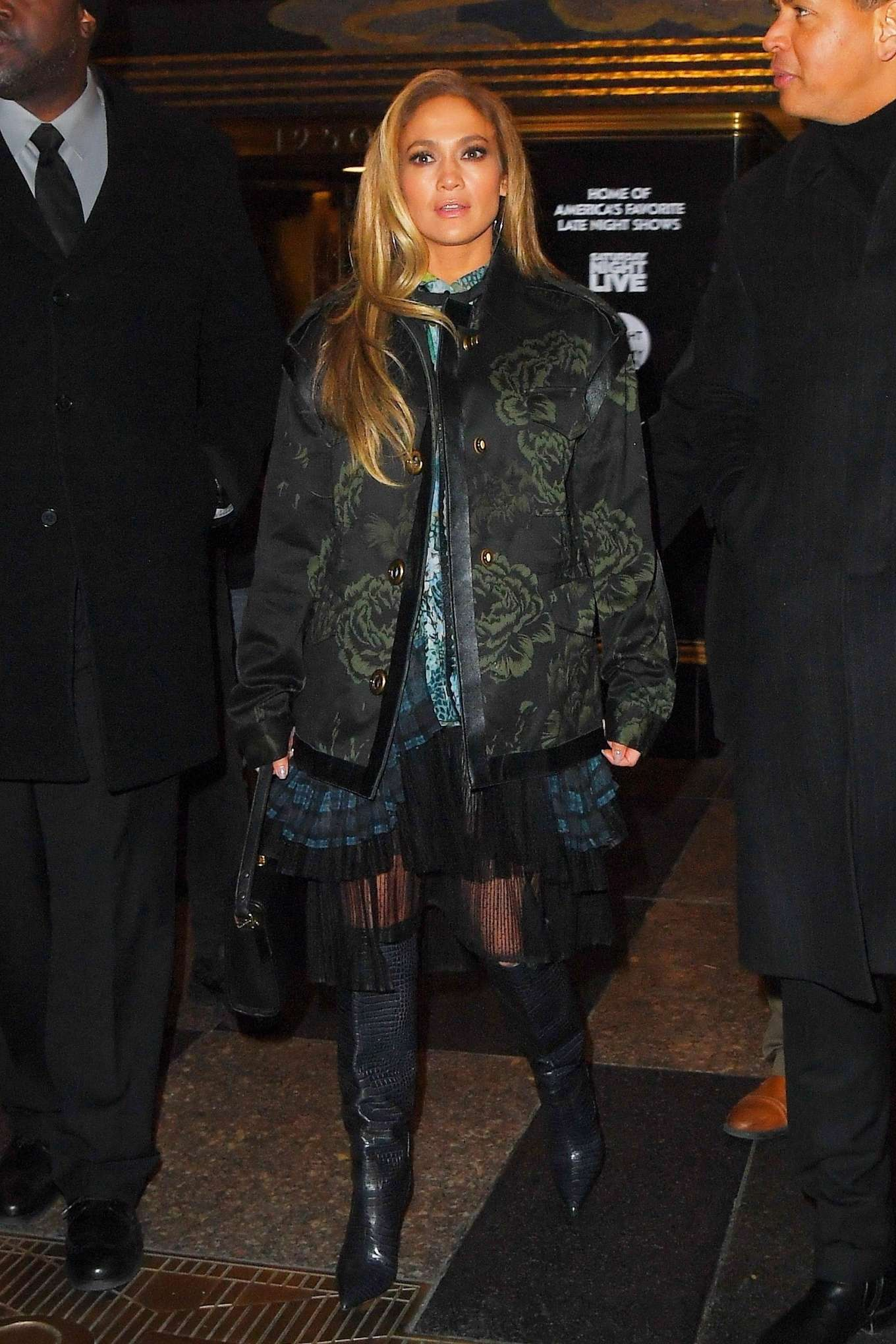 Jennifer Lopez - Leaving Saturday Night Live Rrehearsals in New York