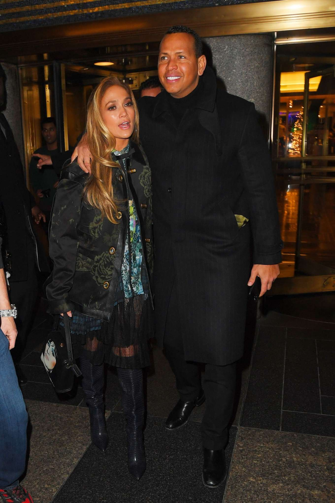 Jennifer Lopez 2019 : Jennifer Lopez – Leaving Saturday Night Live Rrehearsals-09
