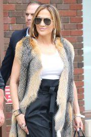 Jennifer Lopez - Leaving the Z100 studios in NYC