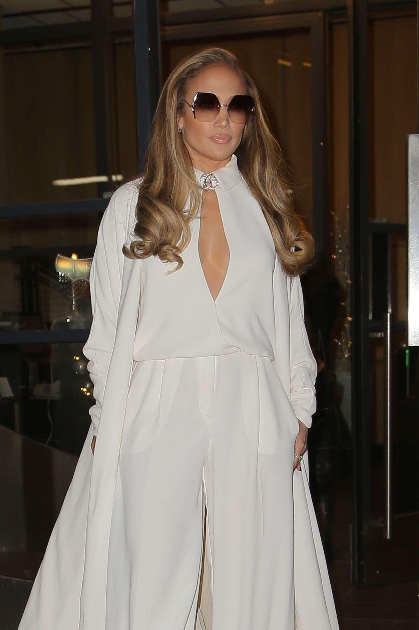Jennifer Lopez - Leaving 'Watch What Happens Live' in New York