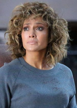 Jennifer Lopez on set of 'Shades of Blue' in New York City