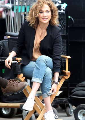 Jennifer Lopez - On set of 'Shades of Blue' in NY