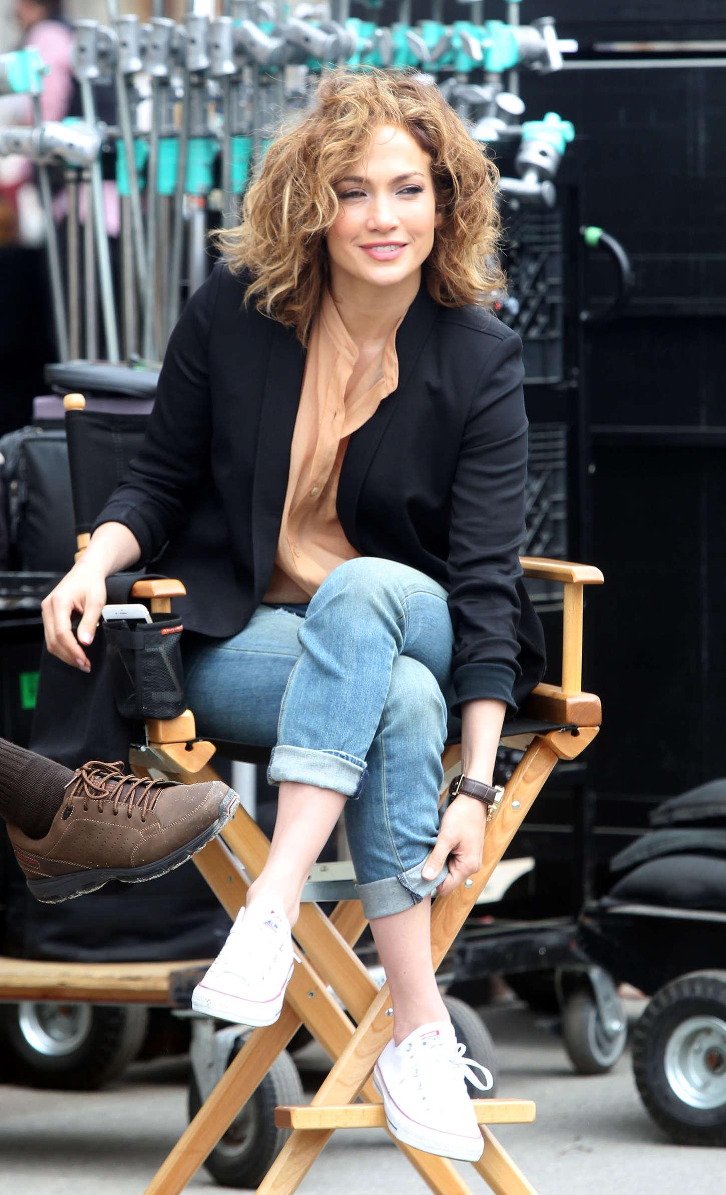 Jennifer Lopez - On set of 'Shades of Blue' in NY