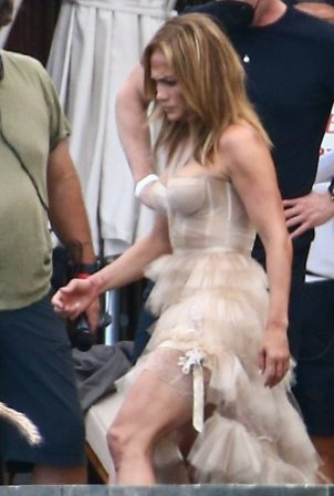 Jennifer Lopez - on set of 'Shotgun Wedding' in the Dominican Republic