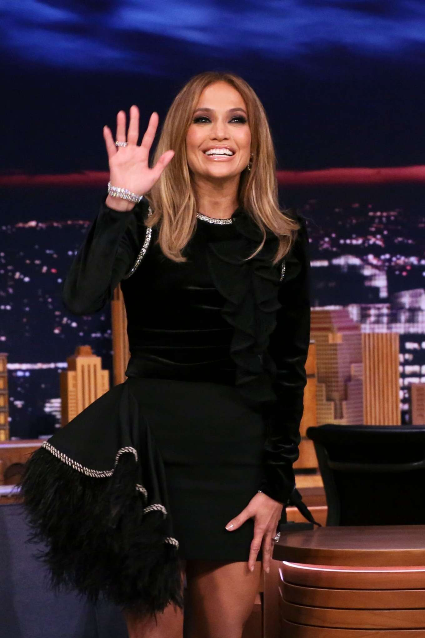 Jennifer Lopez 2019 : Jennifer Lopez – On The Late Show with Jimmy Fallon-02