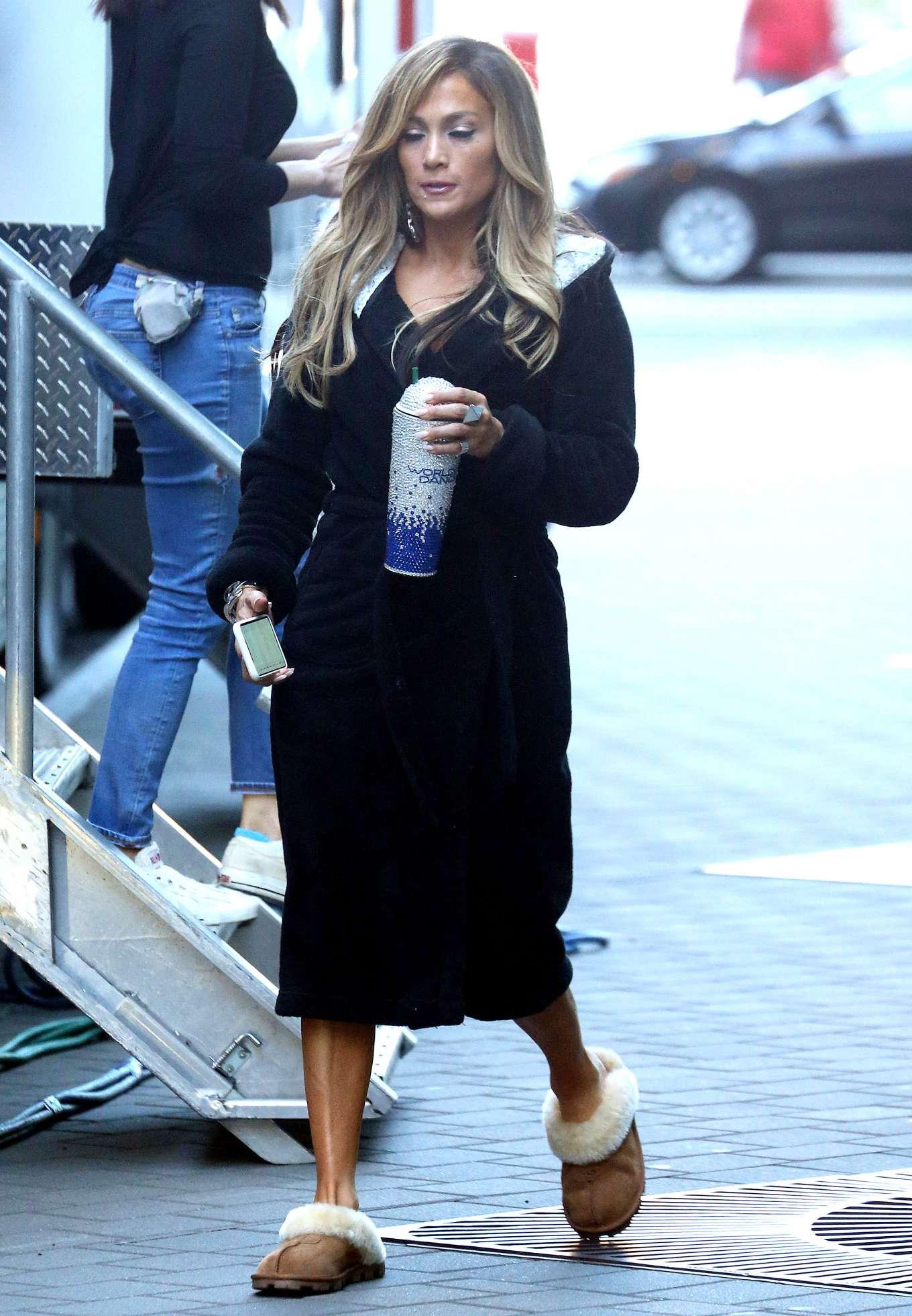 Jennifer Lopez - On the set of 'Hustlers' in NY