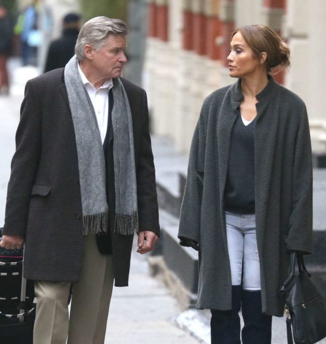 Jennifer Lopez – On the set of Second Act in New York City -11