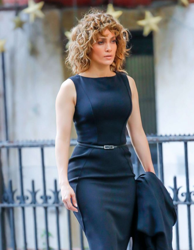 Jennifer Lopez – On the set of 'Shades of Blue' in New York