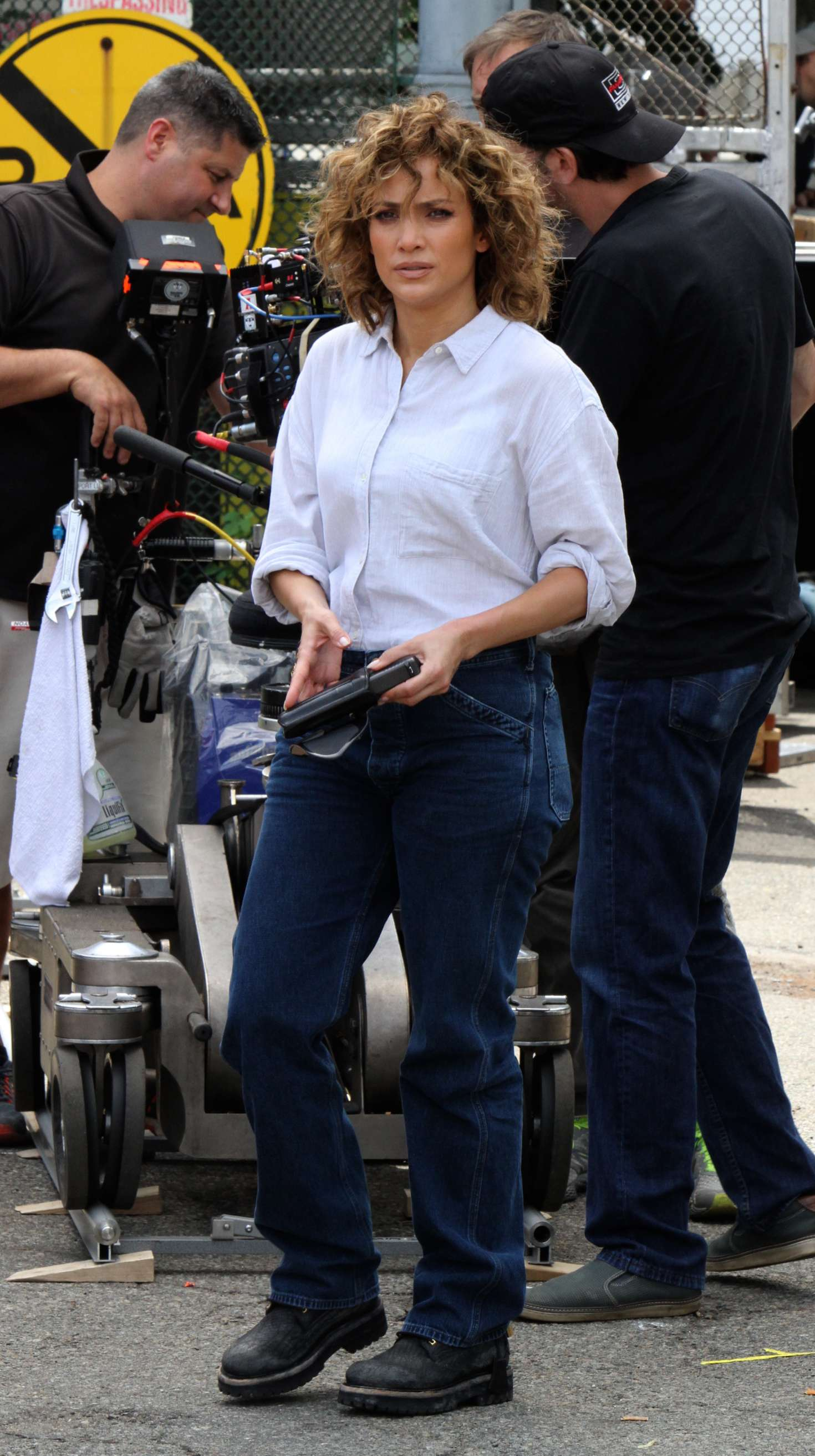 Jennifer Lopez - On the set of 'Shades of Blue' in New York