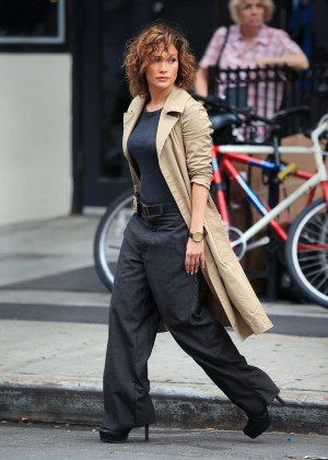 Jennifer Lopez - On the set of 'Shades of Blue' in NY