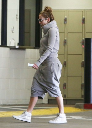 Jennifer Lopez - Out and about in Sherman Oaks