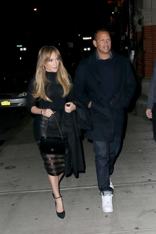 Jennifer Lopez out for Dinner at Il Mulino -13