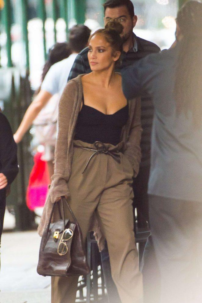 Jennifer Lopez – Out in New York City
