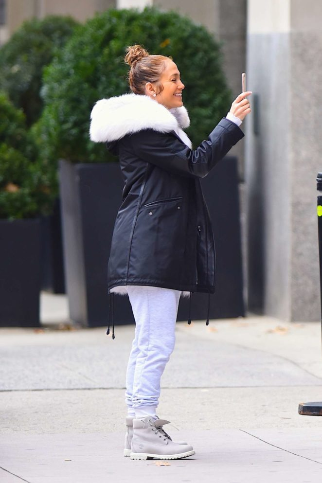 Jennifer Lopez: Out in New York City -11