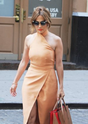 Jennifer Lopez out in Soho