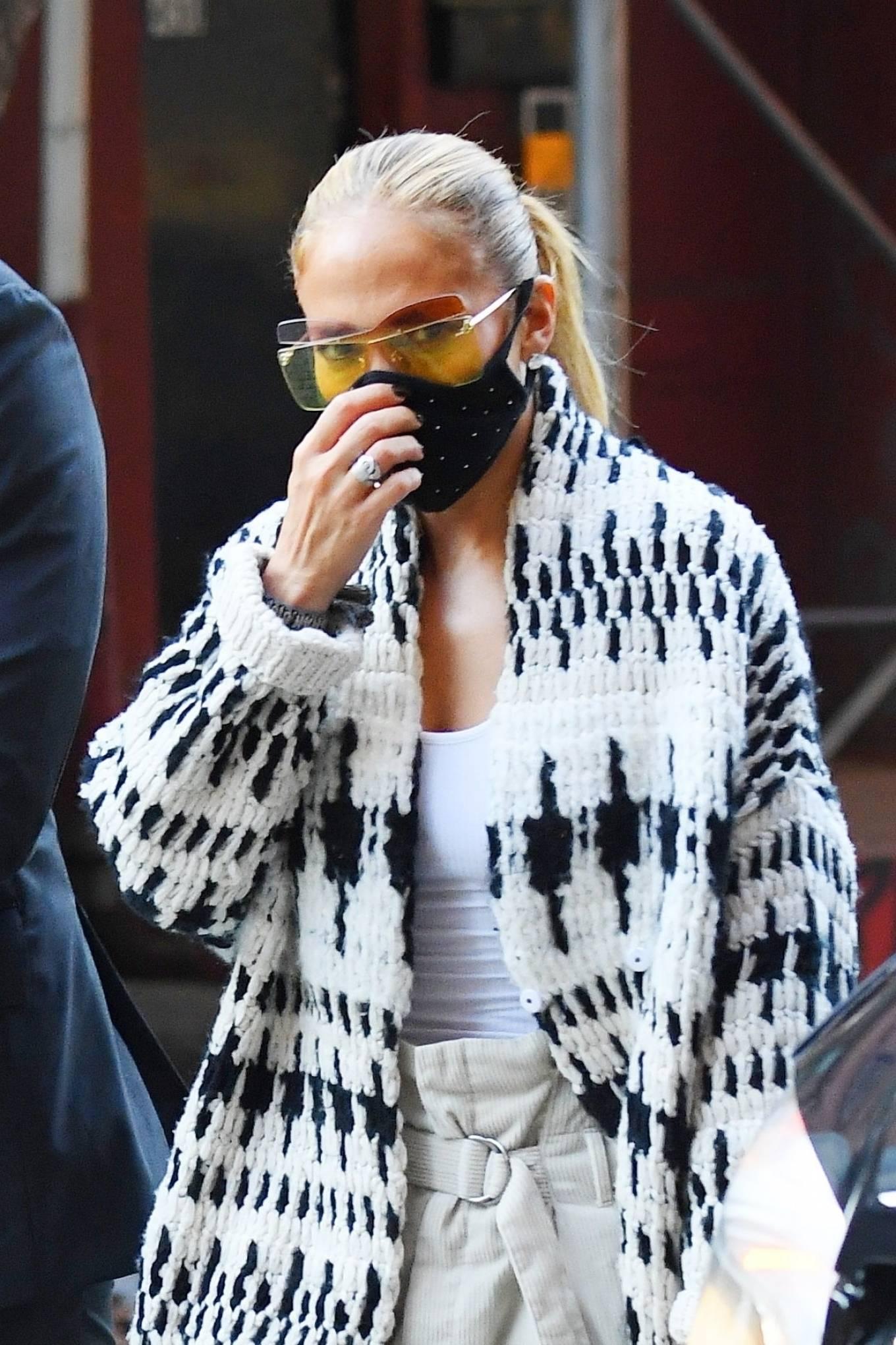 Jennifer Lopez 2020 : Jennifer Lopez – Out in Tribeca-10