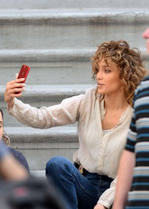 Jennifer Lopez posts a selfie from the set of 'Shades of Blue' in NY