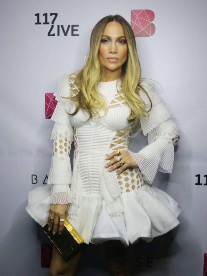 Jennifer Lopez – Pre-concert Photos at BASE Dubai in Dubai