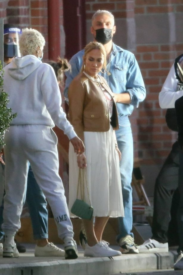 Jennifer Lopez - Seen at a Photoshoot in Los Angeles