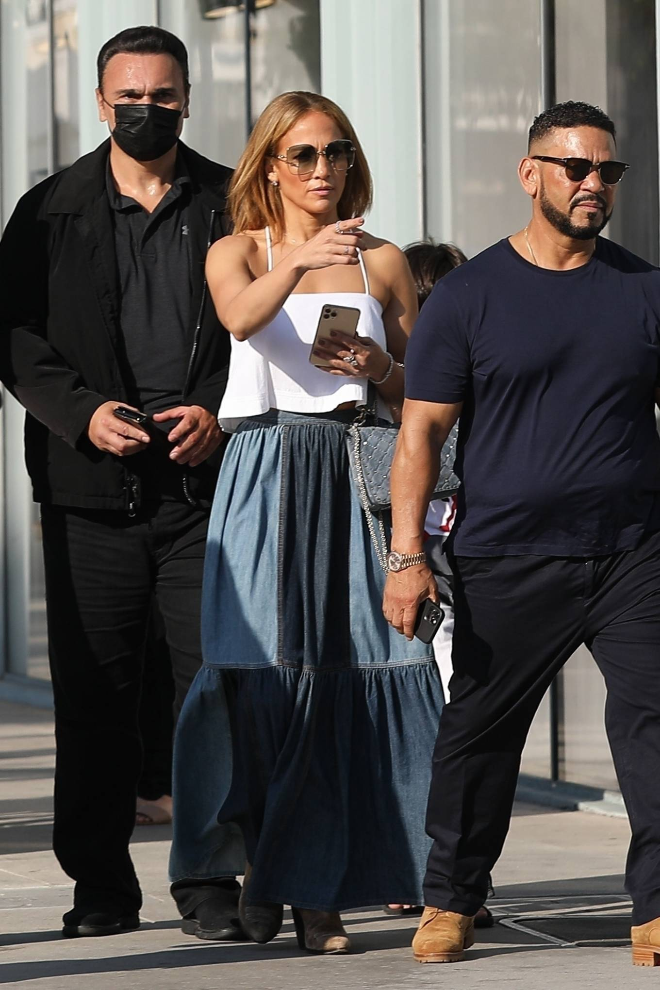 Jennifer Lopez 2021 : Jennifer Lopez – Seen with her son Max and manager Benny Medina in Beverly Hills-11