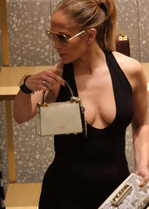 Jennifer Lopez: Shopping in Miami -20