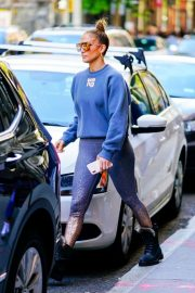 Jennifer Lopez - Shopping in Soho, New York