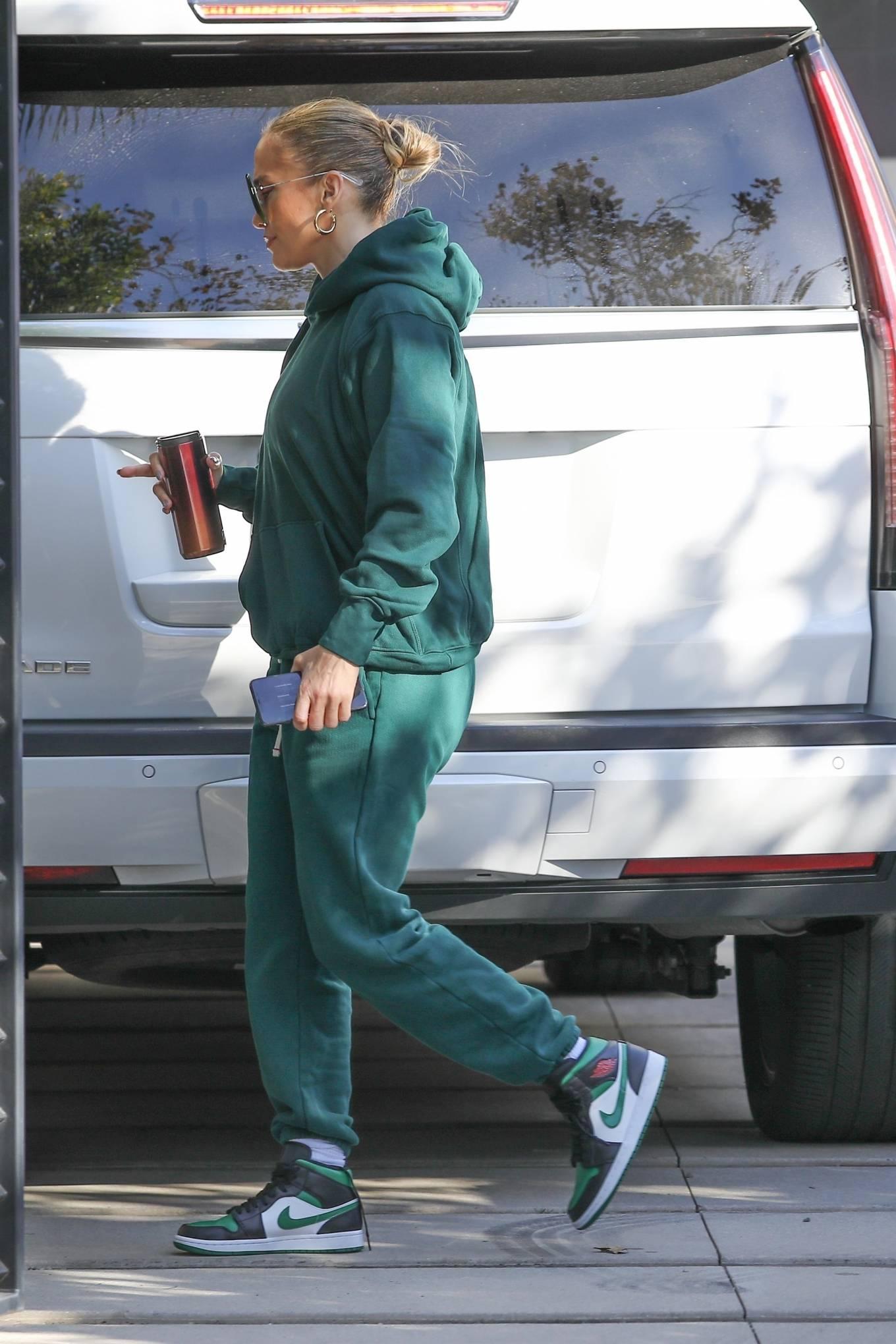 Jennifer Lopez 2020 : Jennifer Lopez – Spotted at the recording studio in Beverly Hills-03