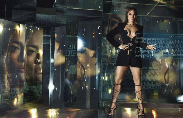 Jennifer Lopez 2020 : Jennifer Lopez – Versace SS Campaign 2020-02