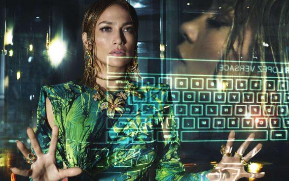 Jennifer Lopez 2020 : Jennifer Lopez – Versace SS Campaign 2020-04