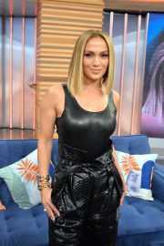 Jennifer Lopez - Visits Despierta America in Miami