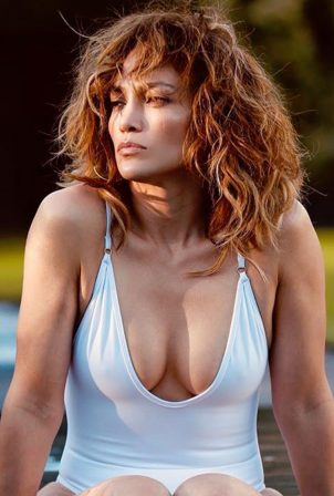 Jennifer Lopez - Wallpapers