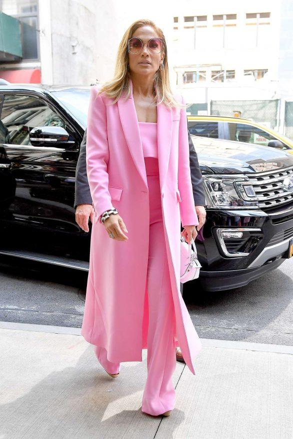 Jennifer Lopez 2019 : Jennifer Lopez – Wearing all pink business suit-03