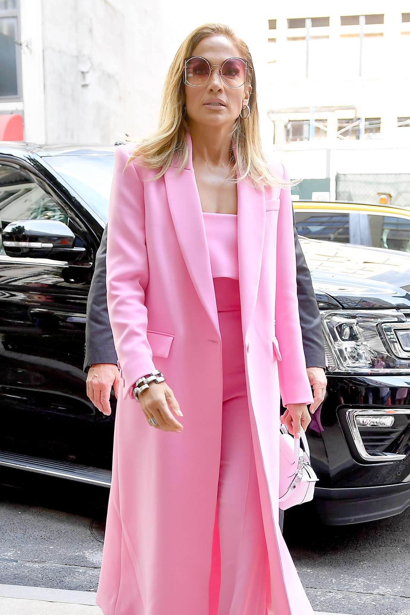 Jennifer Lopez 2019 : Jennifer Lopez – Wearing all pink business suit-12