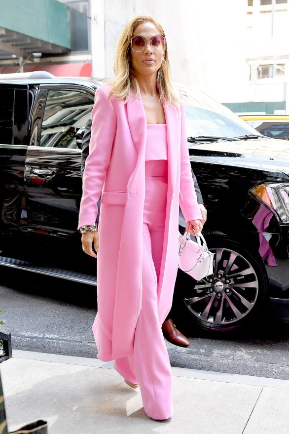 Jennifer Lopez 2019 : Jennifer Lopez – Wearing all pink business suit-13