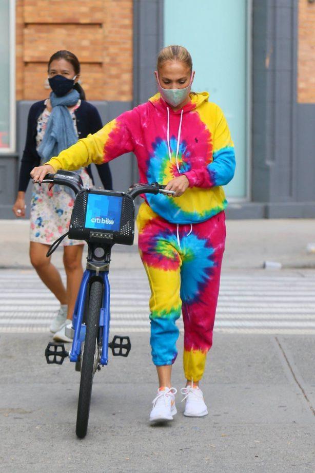 Jennifer Lopez - Wears tie-dye sweats in New York City