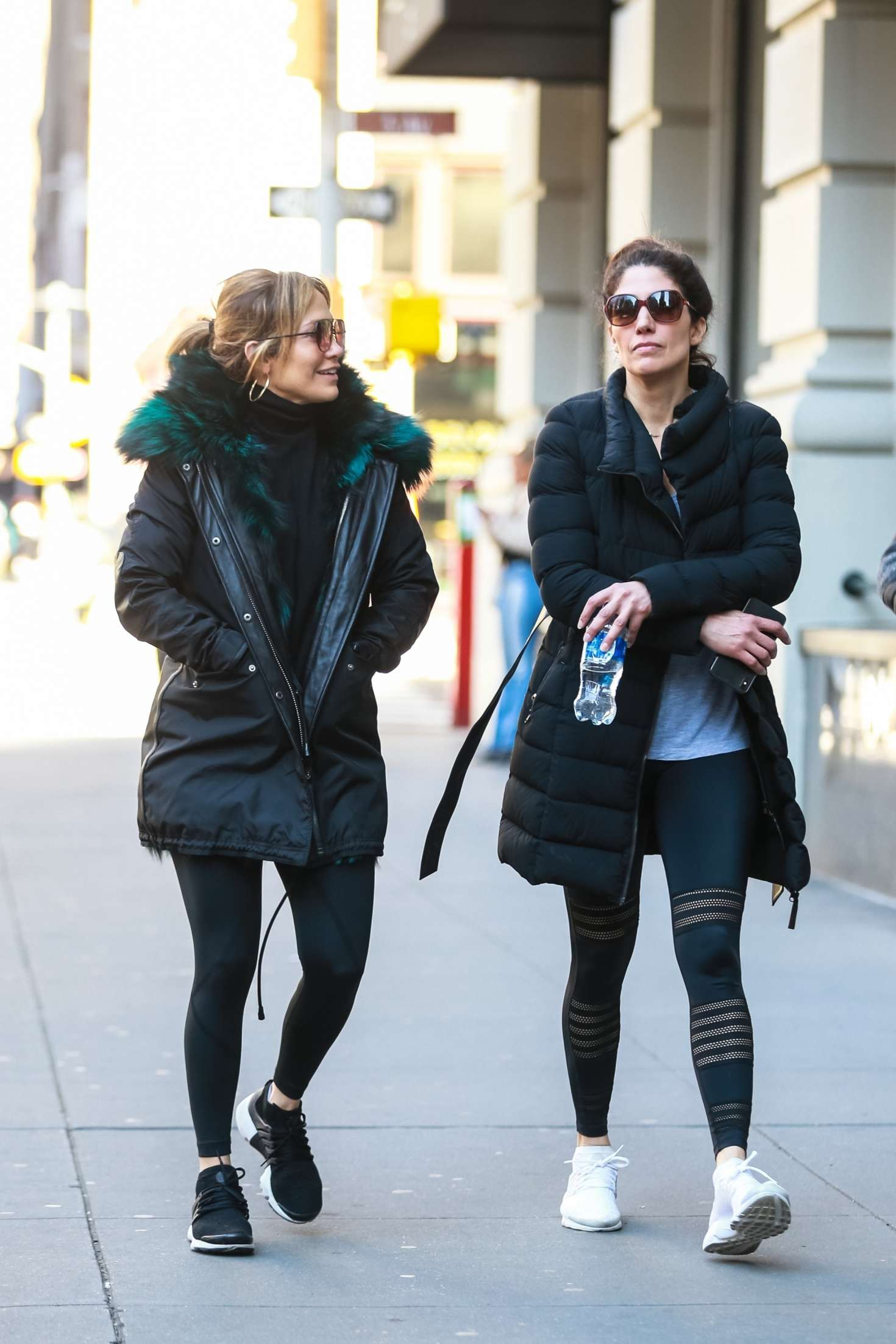 Jennifer Lopez 2019 : Jennifer Lopez with her sister: Heads to the gym -01