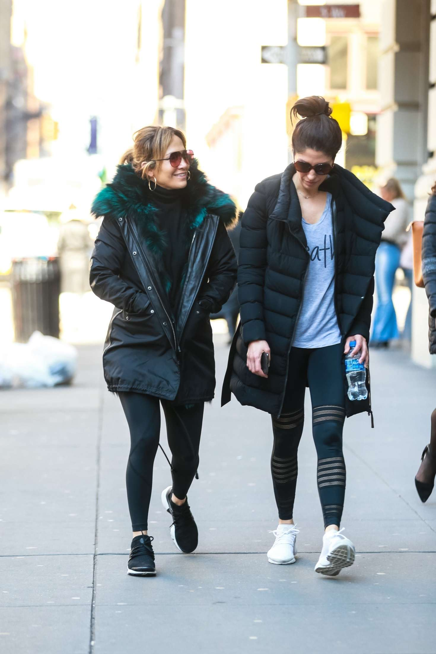 Jennifer Lopez 2019 : Jennifer Lopez with her sister: Heads to the gym -03