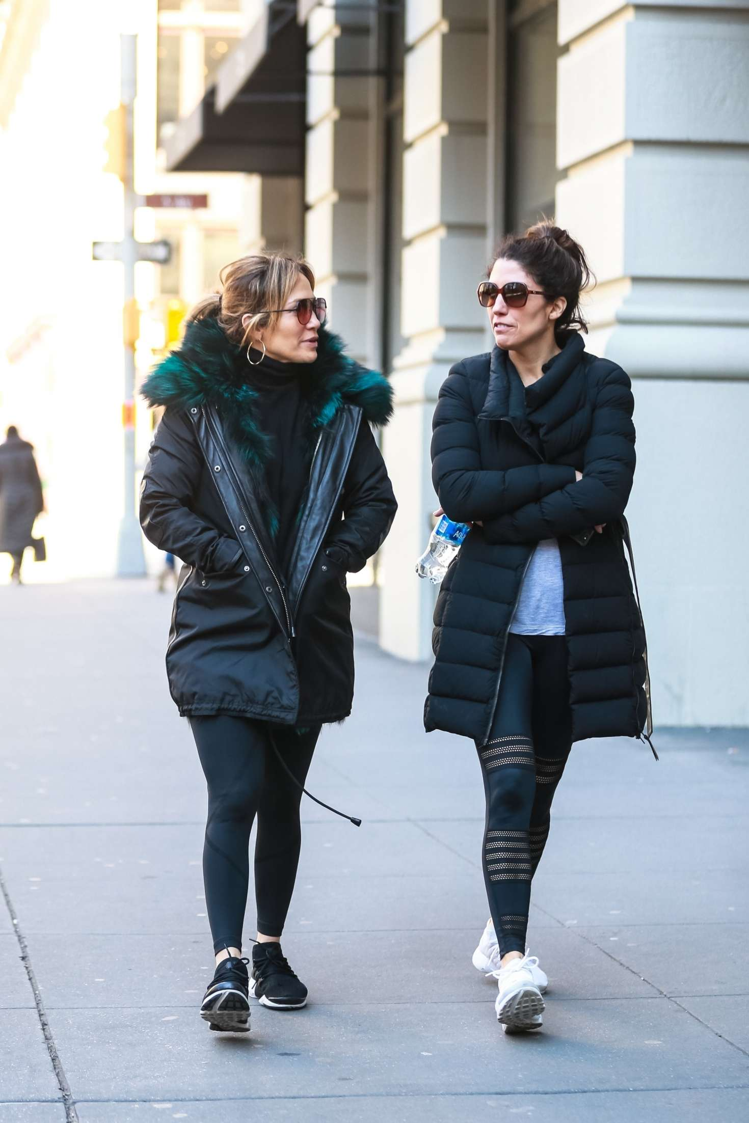 Jennifer Lopez 2019 : Jennifer Lopez with her sister: Heads to the gym -08