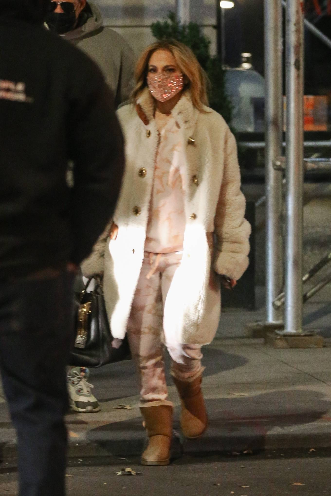 Jennifer Lopez - With her twins Emme and Max in New York