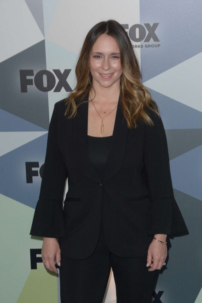 Jennifer Love Hewitt - 2018 Fox Network Upfront in NYC