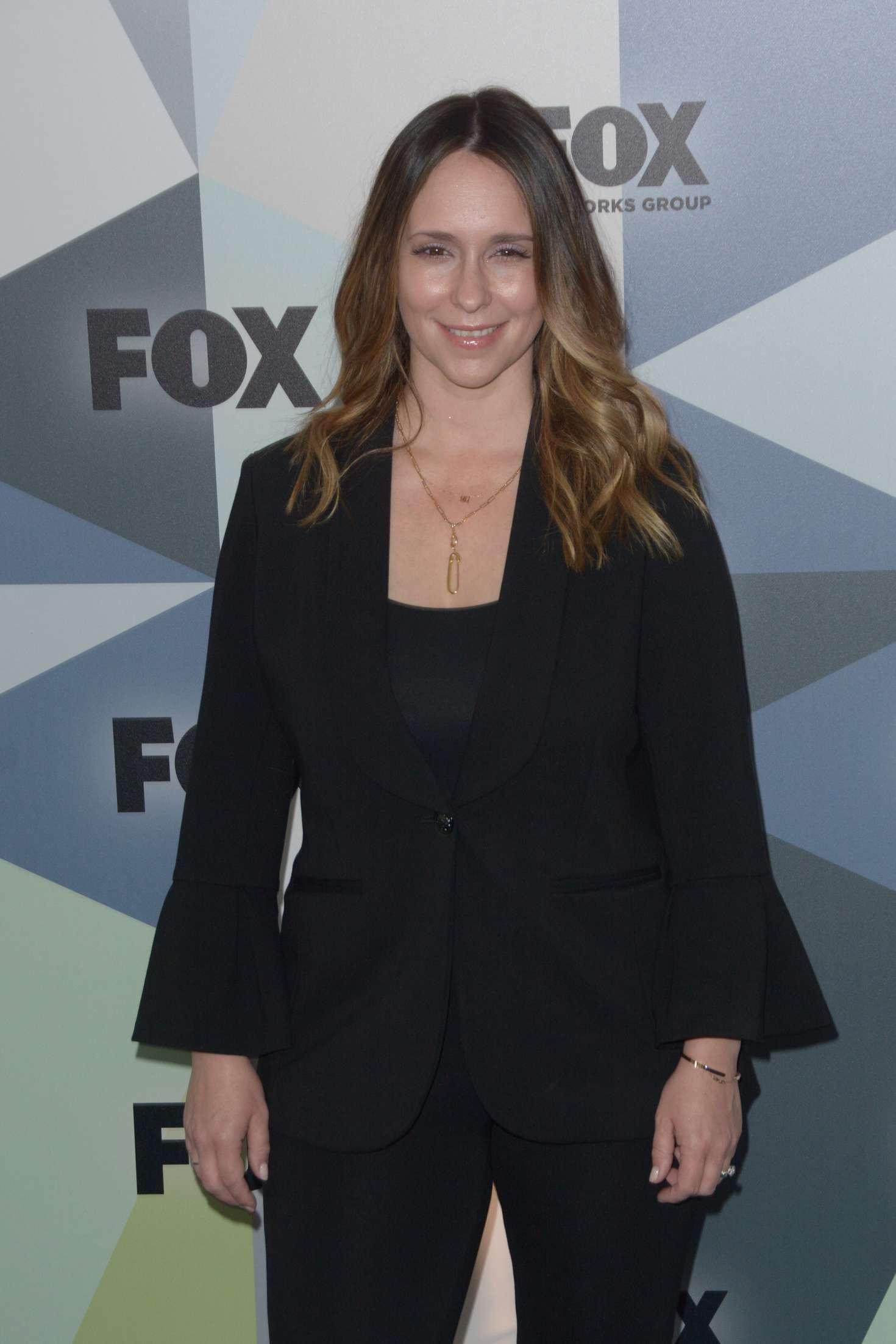 Jennifer Love Hewitt - 2018 Fox Network Upfront in NYC