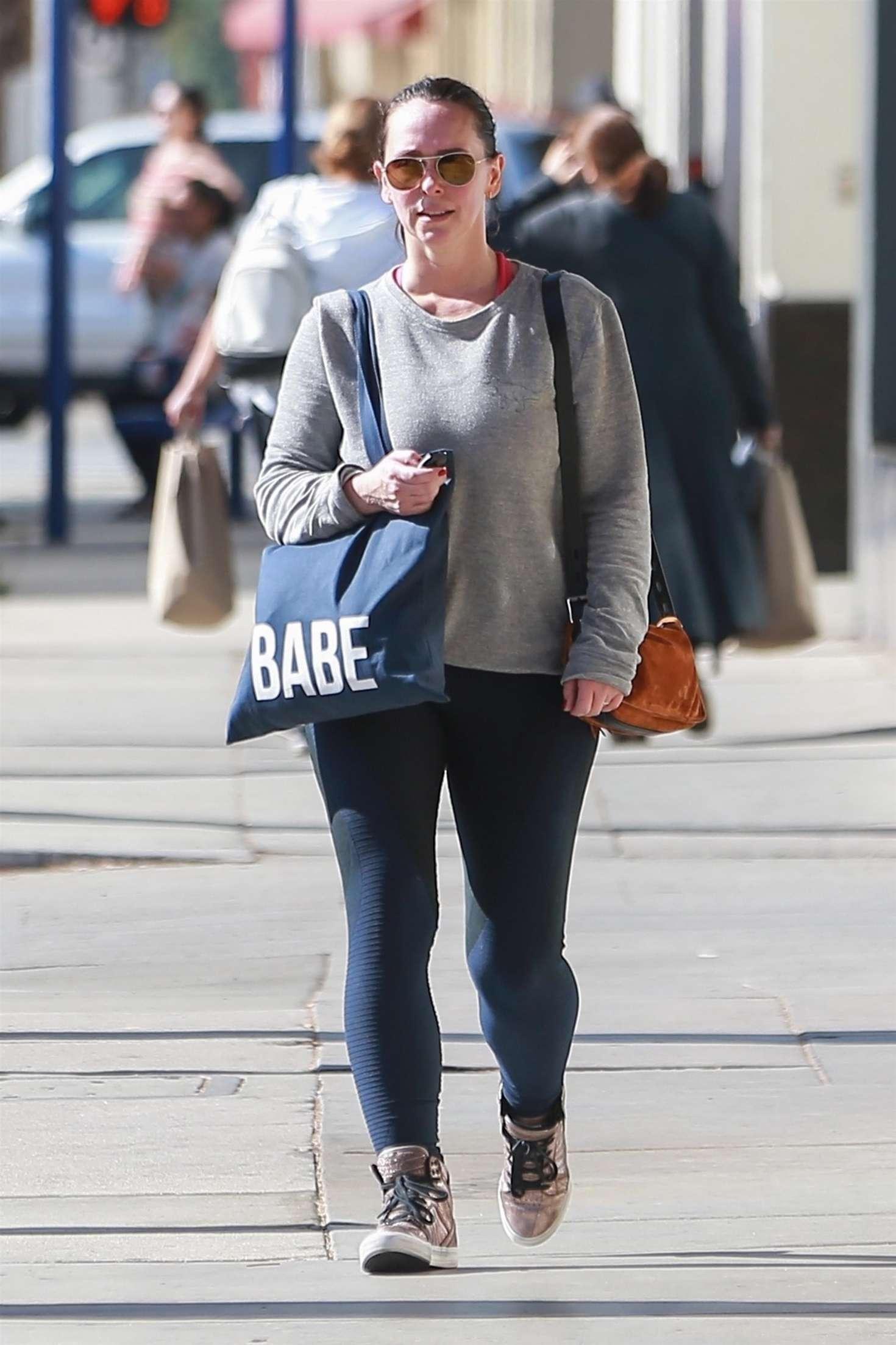 Jennifer Love Hewitt 2018 : Jennifer Love Hewitt in Tights -03