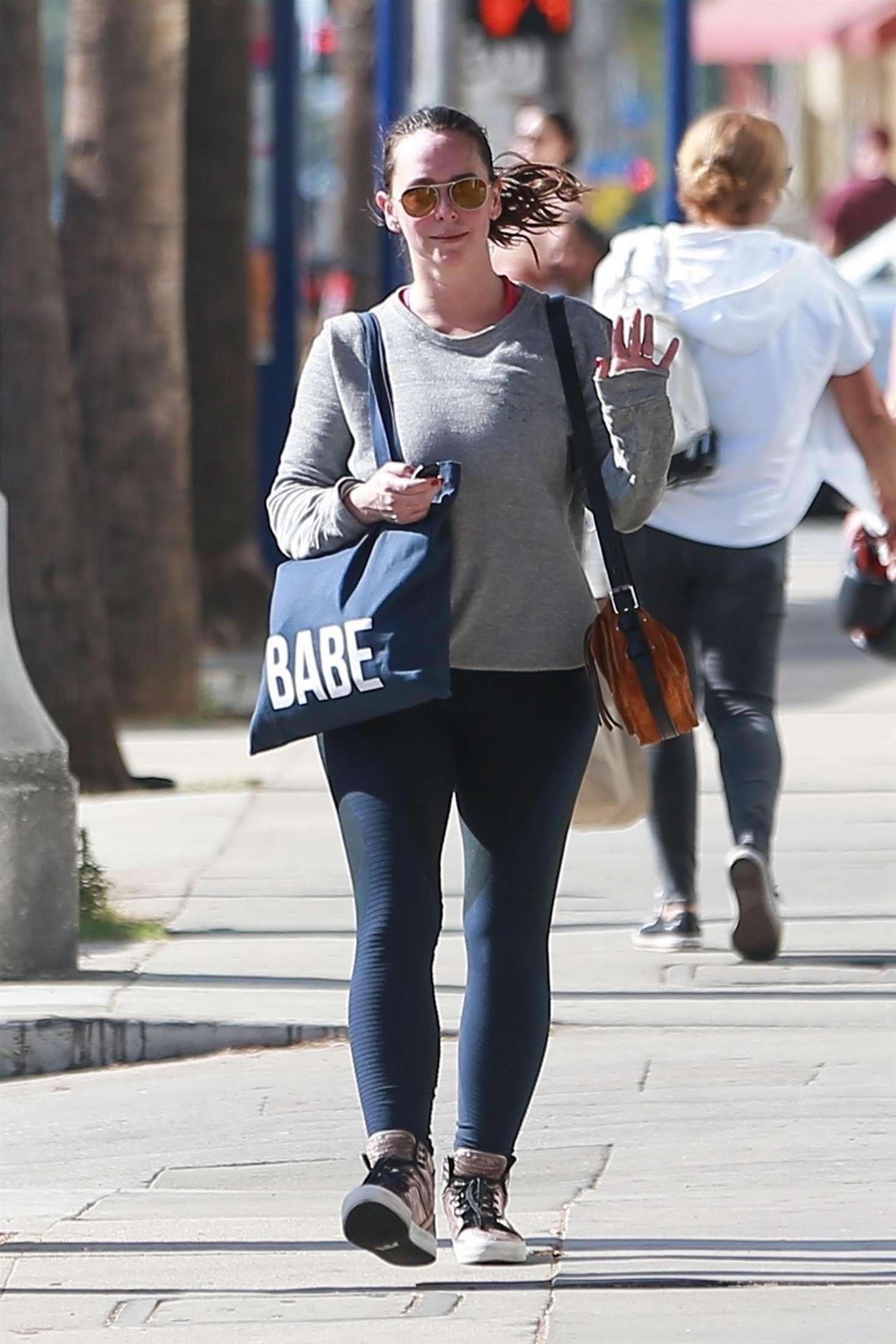 Jennifer Love Hewitt 2018 : Jennifer Love Hewitt in Tights -06