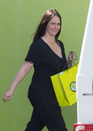 Jennifer Love Hewitt out shopping in Los Angeles