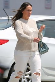 Jennifer Love Hewitt - Shopping in Venice
