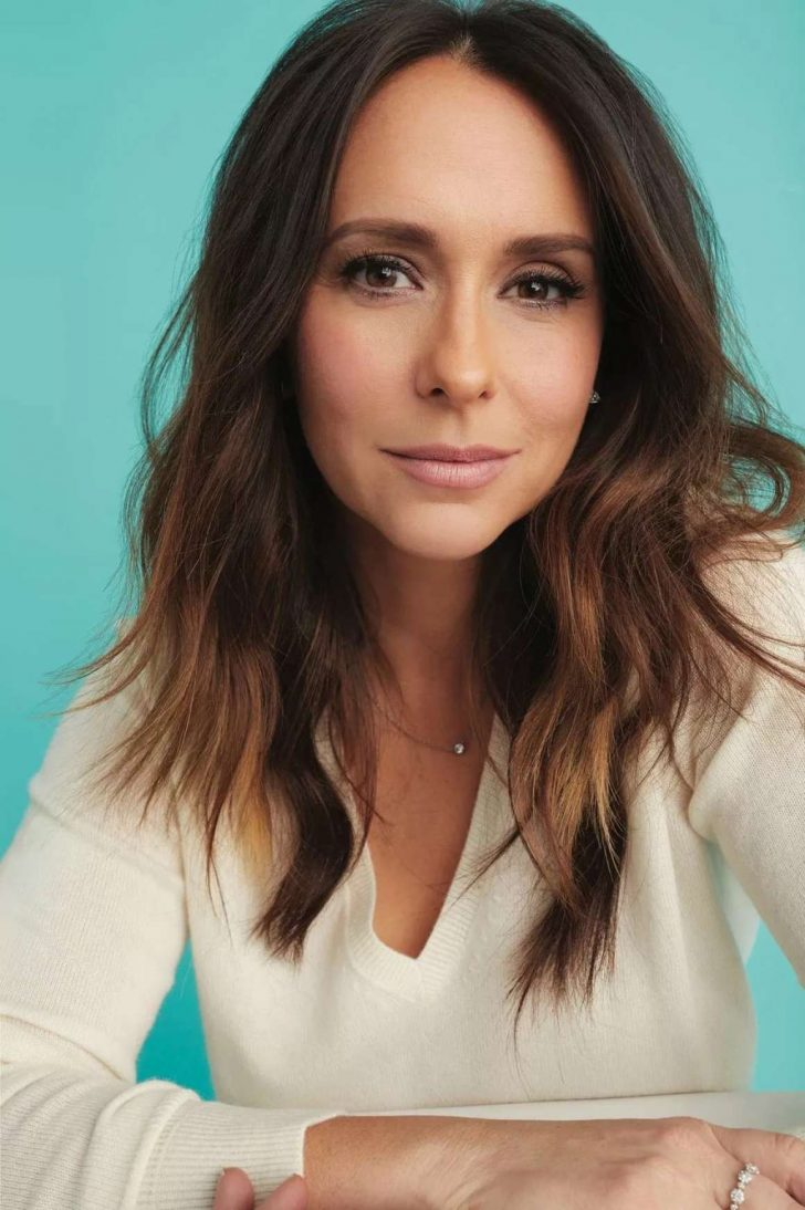 Jennifer Love Hewitt - Working Mother Magazine (April/May 2019)