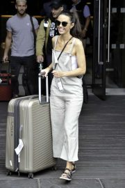 Jennifer Metcalfe - Soap Stars exit their hotel in Manchester