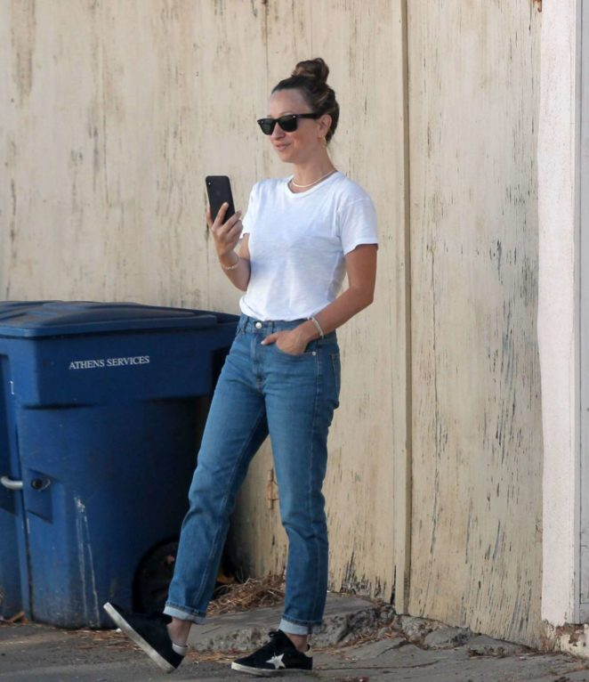 37d2f7fa759 Jennifer Meyer in Jeans out in Beverly Hills