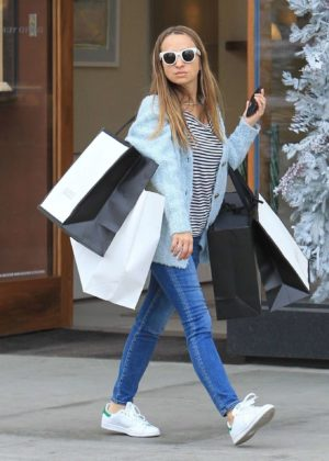 Jennifer Meyer in Jeans - Out Shopping in Los Angeles